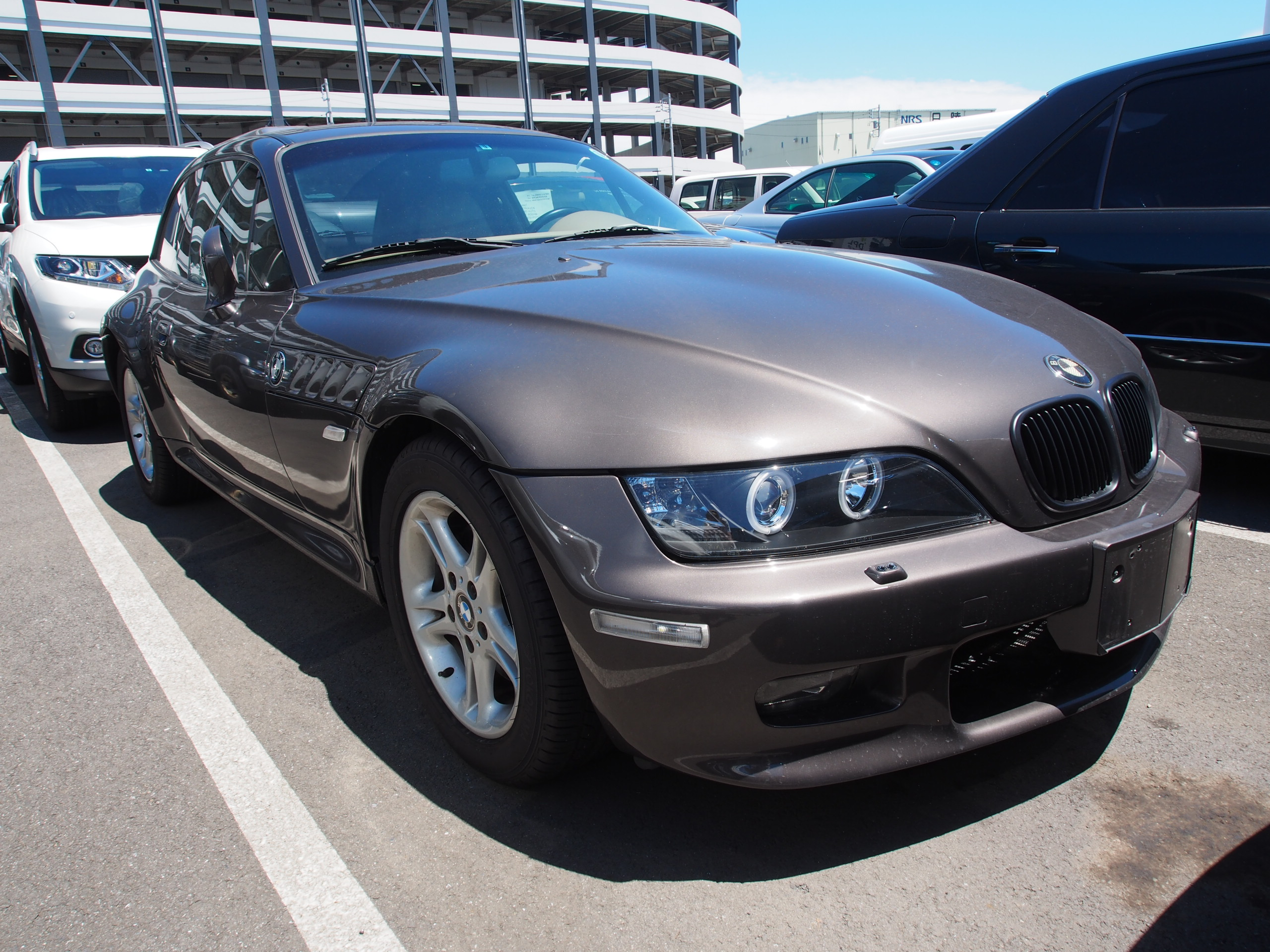 bmwz3coupe_port_japon