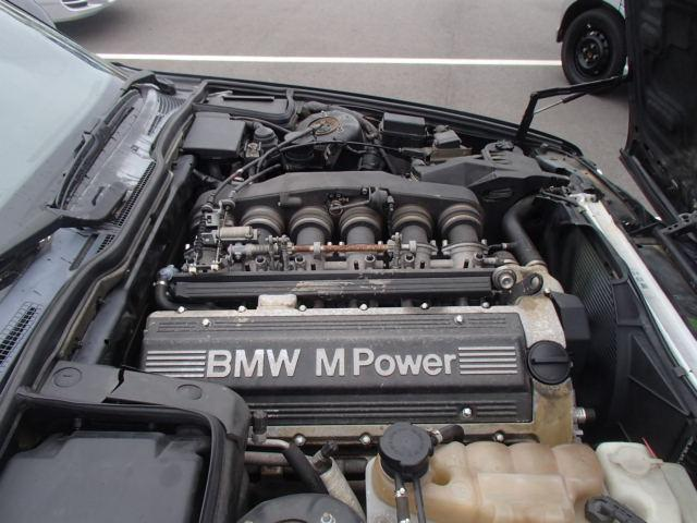 bmw-m5-e34_port_japon1